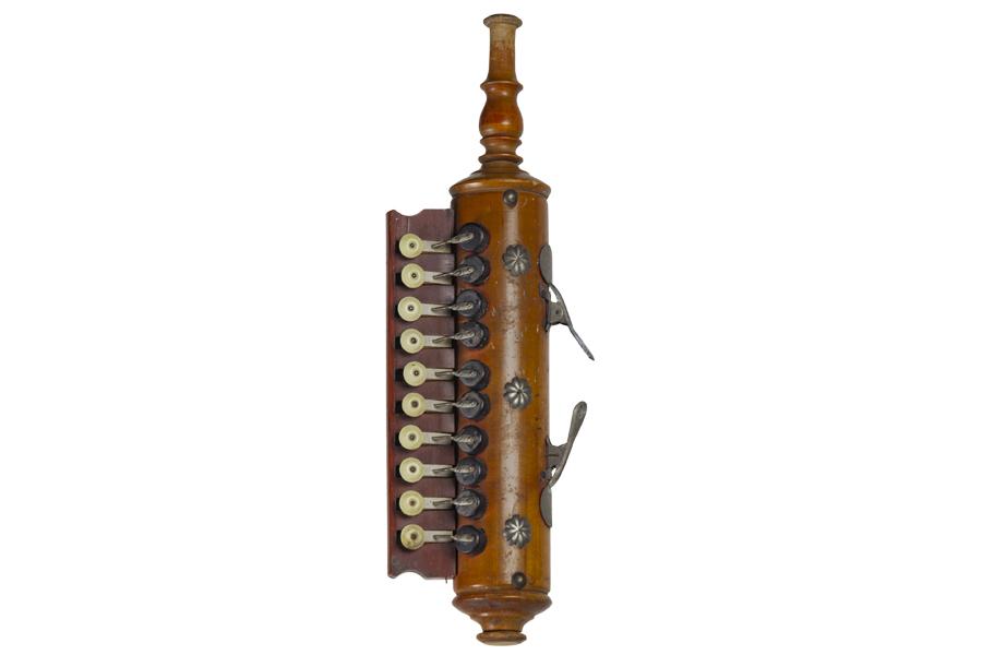 Blow accordion